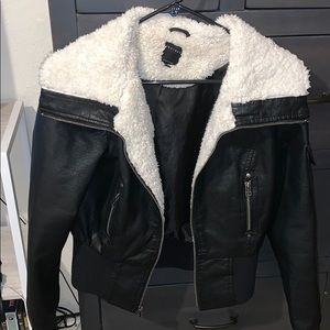 Jackets & Blazers - Theory cute bomber jacket in excellent condition